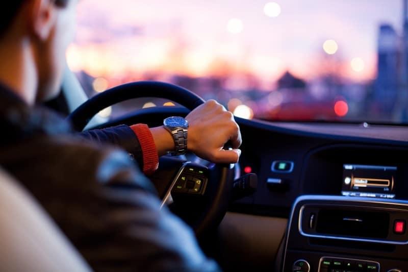 autokauf-anwalt-kundenauftrag-rücktritt