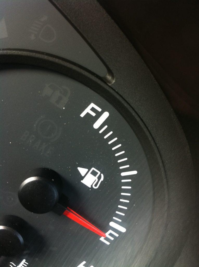 Mehrverbrauch, überhöhter Kraftstoffverbrauch, Spritverbrauch beim Neuwagen und Rücktritt - Anwalt