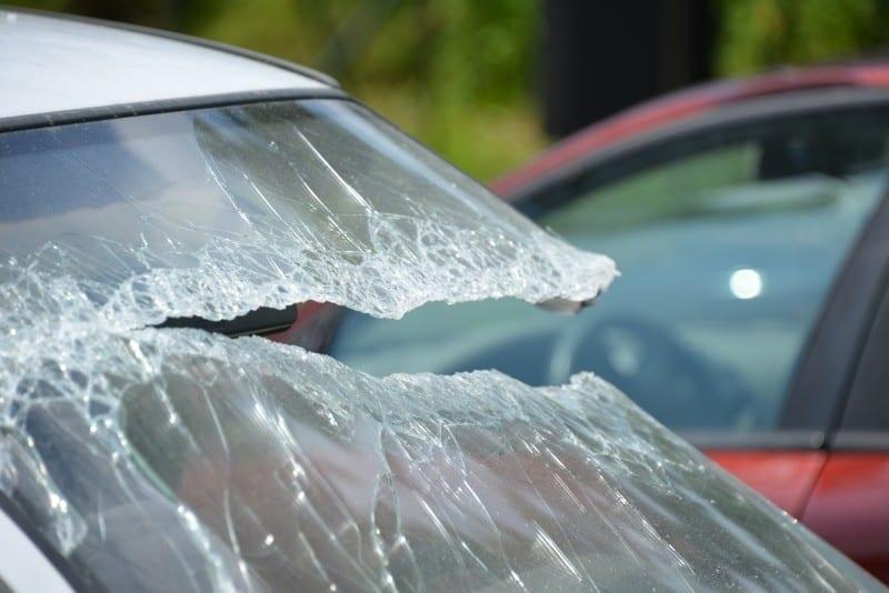 Unfallschaden- Autohändler schuldet nur Sichtprüfung als Untersuchung - Anwalt für Autokauf