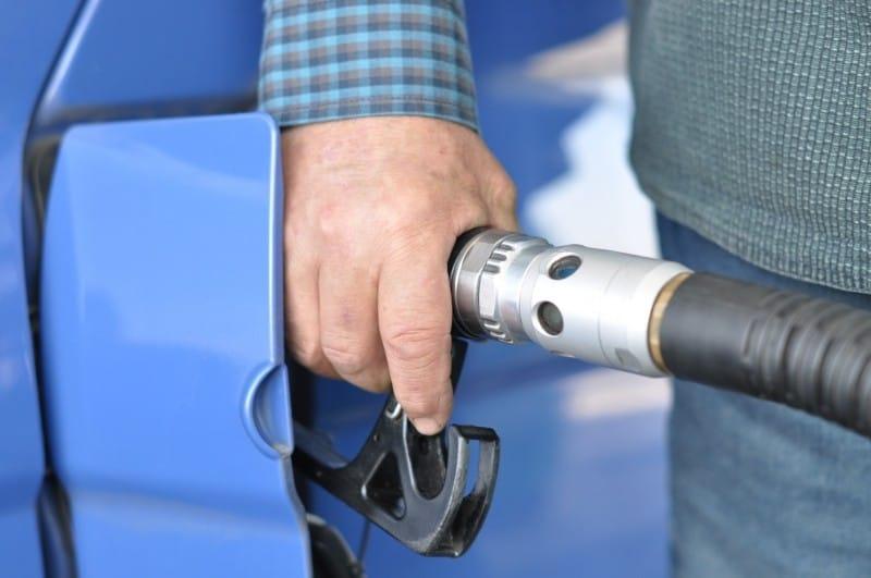 Verschleiss und Sachmangel, Abgrenzung, Anwalt für Autokauf, Kraftstoffleitung