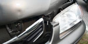 Unfallschaden unfallfrei Vorschaden kein Unfall Täuschung Händler Kaufvertrag Rücktritt Anwalt Unfallwagen